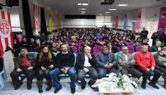 Antalyasporlu basketbolcular öğrencilerle