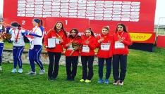 AİÇÜ öğrencilerinden atletizmde büyük başarı