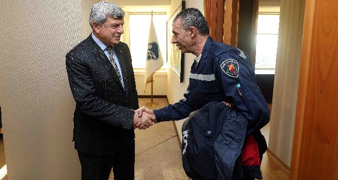 Filisti itfaiyecilerden Başkan Karaosmanoğluna ziyaret