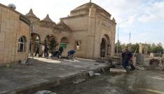 Terzibaba mezarlığında çevre düzenleme çalışmaları devam ediyor