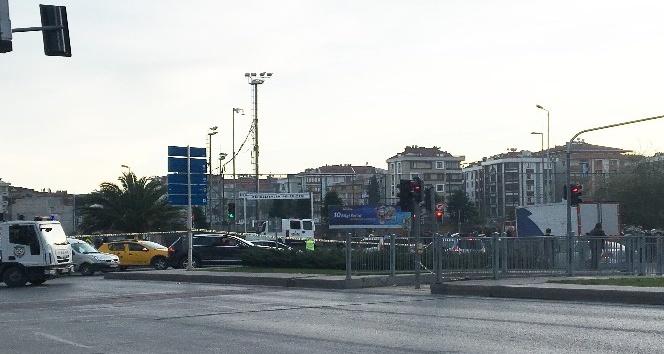 Bahçelievlerdeki bomba yüklü araç olay yerinden kaldırıldı