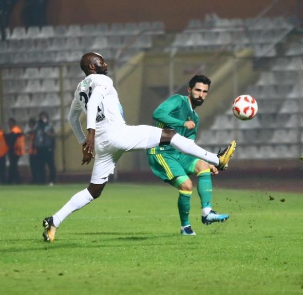 Adana Demirspor Fenerbahçe maçından kareler