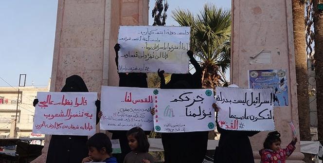İdlibli kadınlardan Trump'ın Kudüs kararına protesto