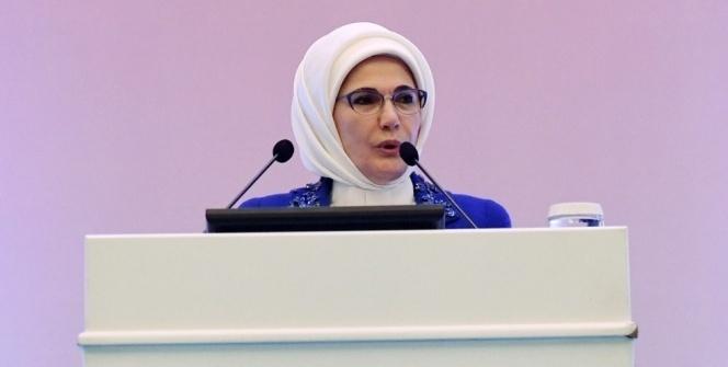 Emine Erdoğan: 'Anne sütü obeziteye yakalanma riskini azaltıyor'