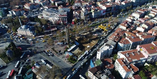 Beşiktaş'ta bulunan 3 bin 500 yıllık mezarlıklar havadan görüntülendi