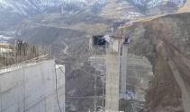 Türkiyenin en büyük Konsol Viyadüklü Asma Köprüsü çöktü