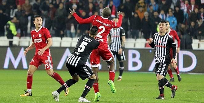 Sivasspor Beşiktaş Maçından Kareler