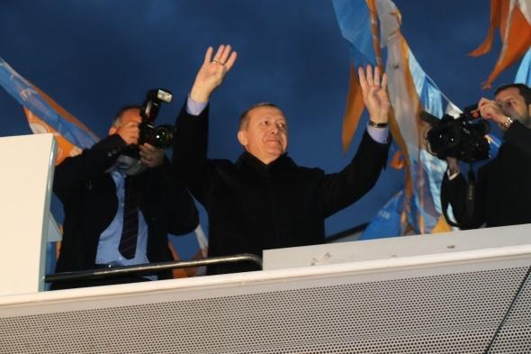 Erdoğan: İstediğiniz kadar dolarlarınız olsun, önemli olan samimiyet