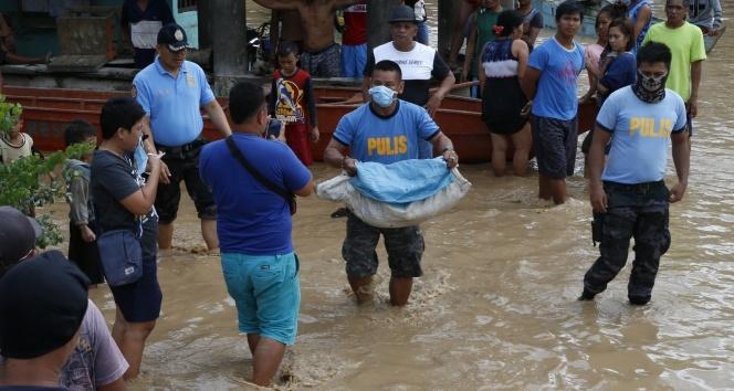 Filipinlerde ölü sayısı 180e yükseldi