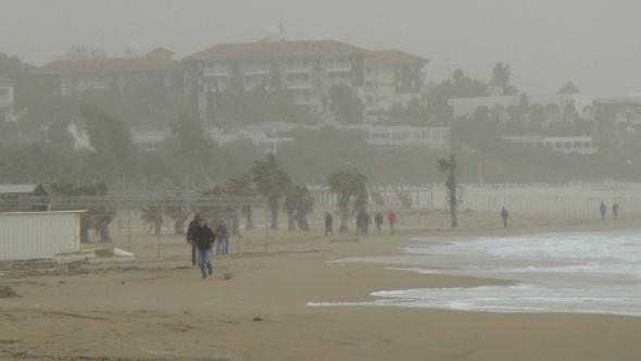 Toz bulutları hayatı olumsuz etkiledi
