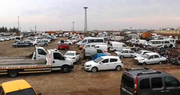Milyonlarca TL değerinde binlerce araç çürümeye terk edildi