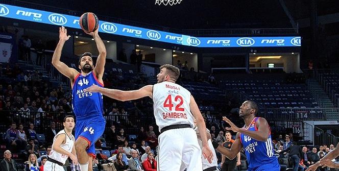 Anadolu Efes Brose Baskets Bamberg Maçından Kareler