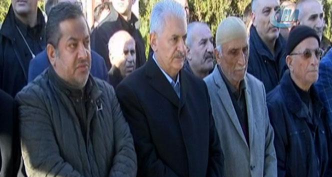 Başbakan Binali Yıldırım, ilkokul öğretmeninin cenaze törenine katıldı
