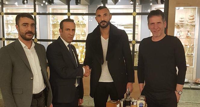 E.Yeni Malatyasporda Yalçın Ayhan ile yollar ayrıldı