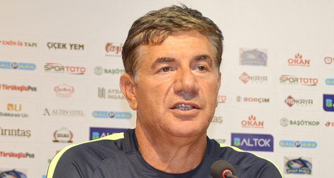 Balıkesirspor Giray Bulak ile imzaladı