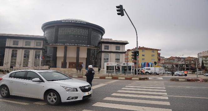 Polisevi ile Kültür ve Kongre Merkezi kavşakları trafiğe açıldı