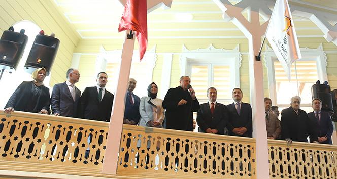 Cumhurbaşkanı Erdoğan: '2019 Mart yerel seçimleri 2019 Kasım seçimlerinin işaret fişeğidir'