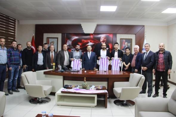 Engin Baytar, amatör lig takımına imzayı attı
