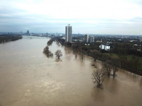 Almanya'da Ren Nehri taştı