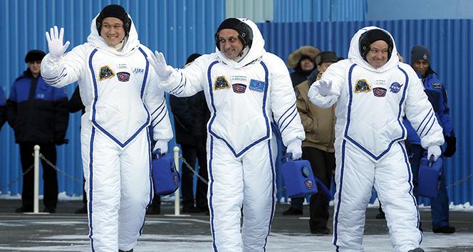 Japon astronot Norishige Kanai 9 cm uzadı