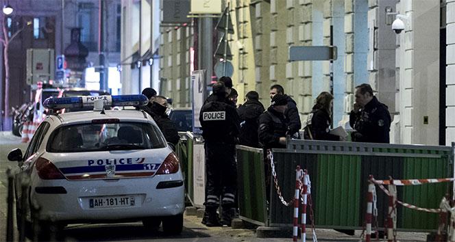 Pariste ünlü otelden milyon dolarlık soygun