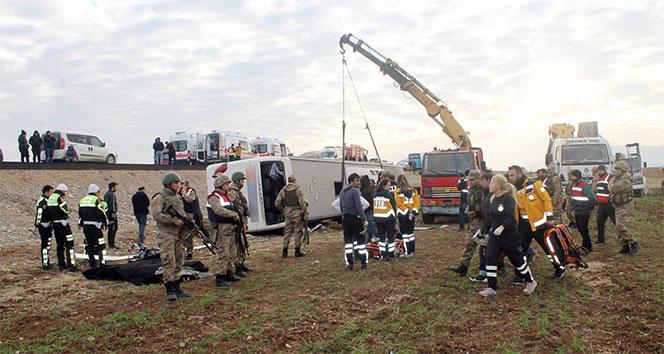 Silopide yolcu otobüsü devrildi: 9 ölü, 38 yaralı