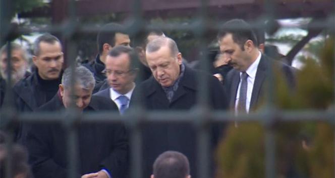 Erdoğan, cuma namazını Hz. Ali Camiinde kıldı