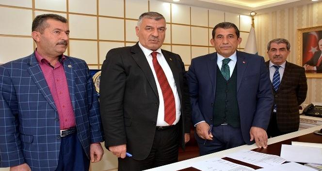 Ceylanpınar'da belediye işçileri 3 yıllık toplu sözleşme imzalandı
