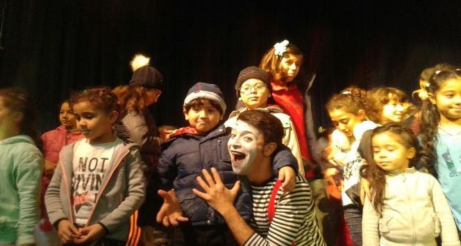 Çocuk oyununa uluslararası festivallerden büyük ilgi