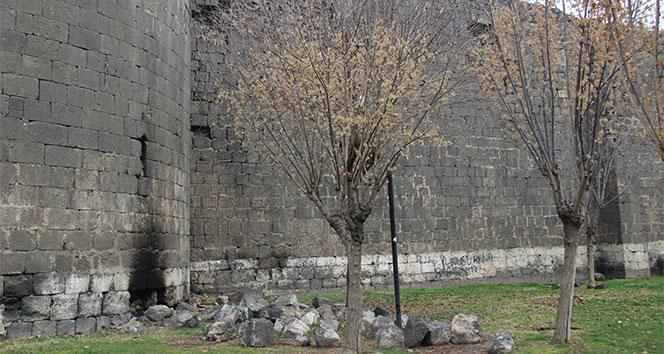 Diyarbakırda tarih dökülüyor