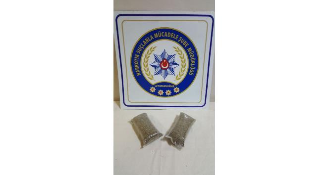 Durdurulan araçta polis 312,42 gram bonzai yakaladı