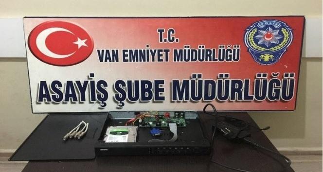 Van'da 64 hırsızlık ve yankesicilik olaylarıyla ilgili 14 şüpheli tutuklandı