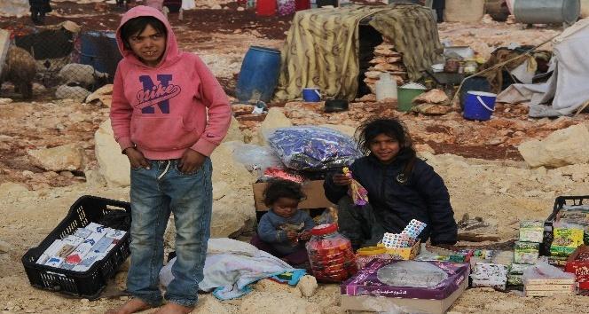 İdlib'den Türkiye sınırına göç başladı