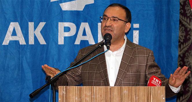 Başbakan Yardımcısı Bozdağ: 'AYM'nin kararı berat kararıdır'
