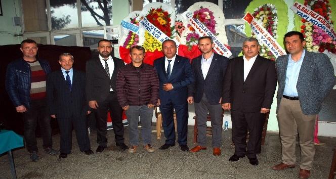 Salihli'de Başkan Alacalı güven tazeledi