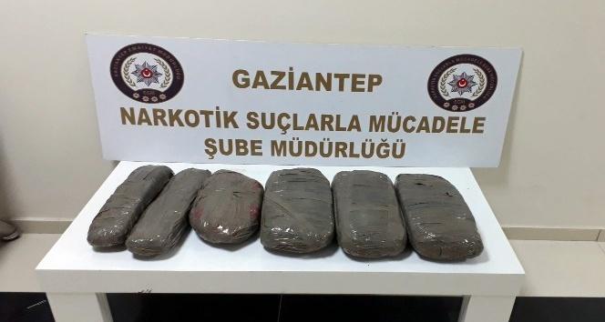 Gaziantep'te otomobilde 10 kilo eroin ele geçirildi