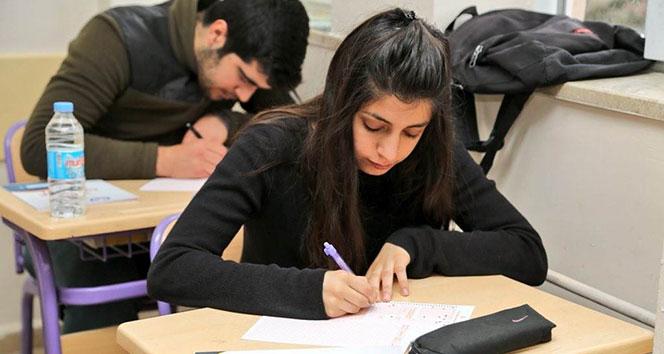 Tuncelide öğrencilere deneme sınavı