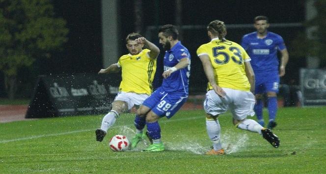 Hazırlık maçı: Fenerbahçe: 2 - Kukesi: 2