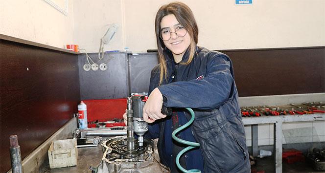 Oto tamircisi genç kız, yerli otomobil üretiminde görev almak istiyor