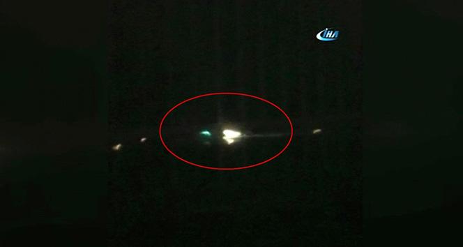 Pistten çıkan uçağın o inişi kamerada