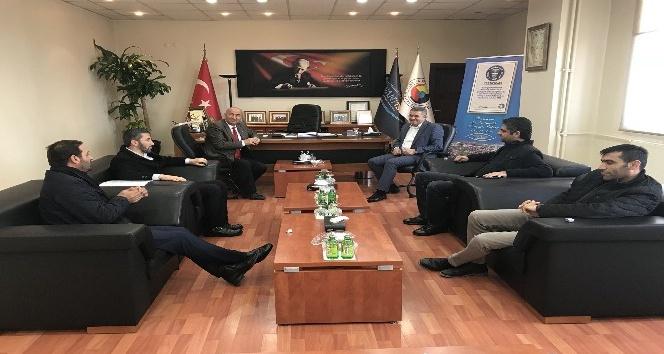 Yerel gazete temsilcilerinden Başkan Takva'ya ziyaret