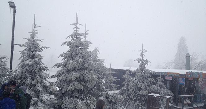 Kartepede kar yağışı yeniden başladı