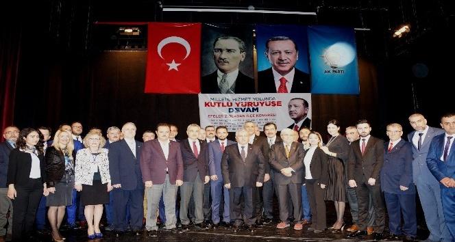 AK Parti Efeler İlçe Kongresi yapıldı