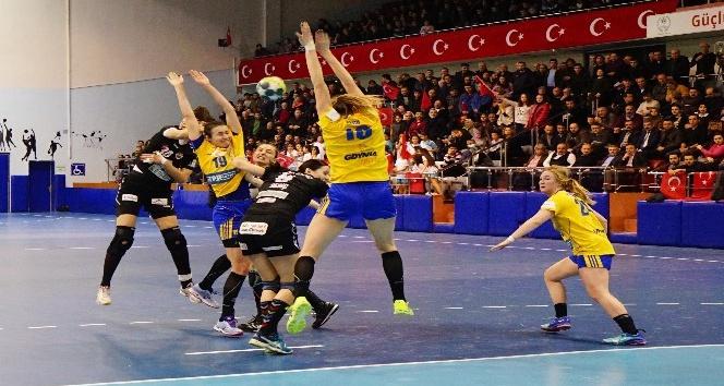 EHF Cup C Grubu: Kastamonu Belediyespor: 28 - Vistal Gdynia: 25