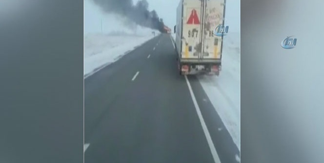 Kazakistan'da otobüs alev aldı: 52 kişi hayatını kaybetti