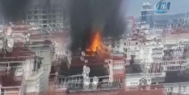 Çatı katından metrelerce yükselen alevler paniğe yol açtı