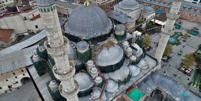 Yeni Camii restorasyonunun yüzde 50'si tamamlandı