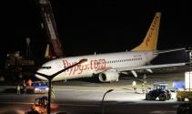 Kurtarılan uçak güvenli bölgeye çekildi