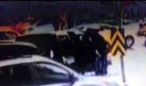 İstanbulun göbeğinde güpegündüz kız kaçırdılar