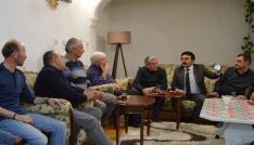 İl Başkan Mengi, vatandaşı evinde dinliyor